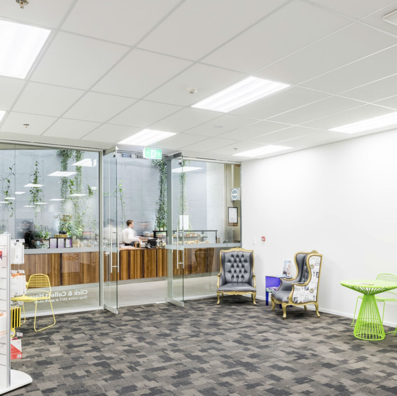 Spark pop up shop interior1